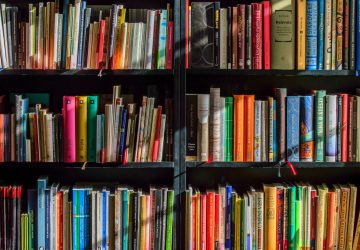 Book Cataloguing Websites Compared