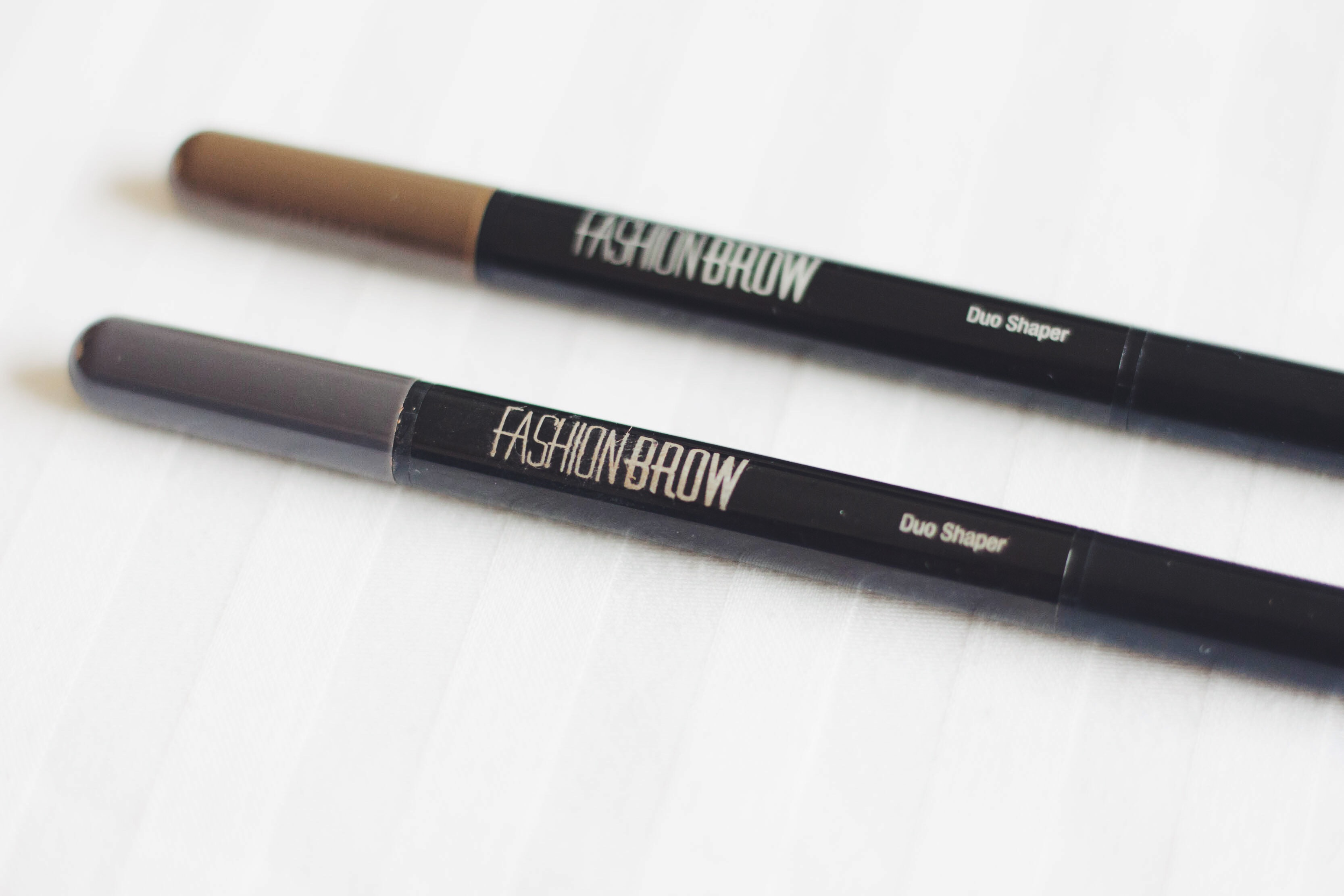7b641231332 Maybelline Fashion Brow Duo Shaper Demo + Review • Magali Vaz ...