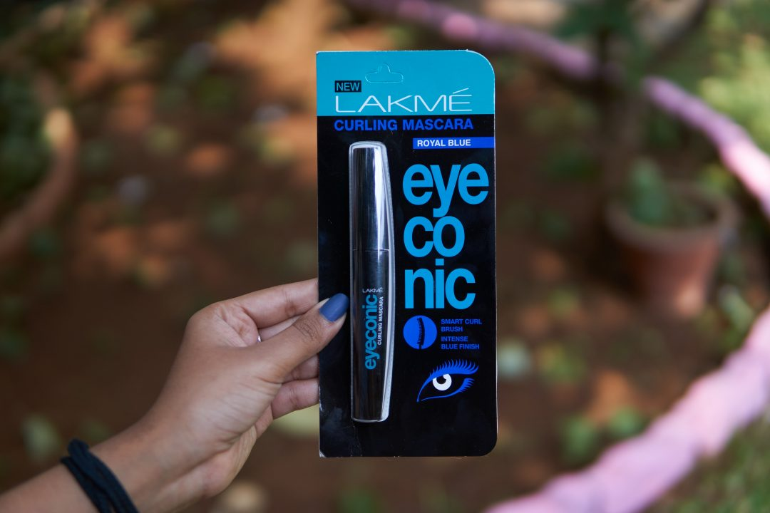 Lakmé Eyeconic Curling Mascara Royal Blue