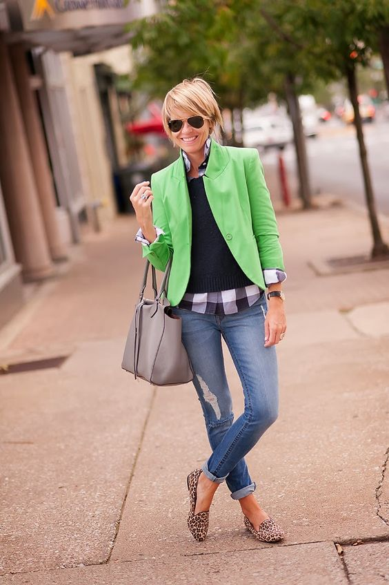 How to Wear Greenery Color of the Year